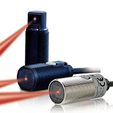 欧姆龙OMRON 圆柱型光电传感器E3FA